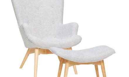 HÜBSCH Lysegrå lænestol i stof m/skammel