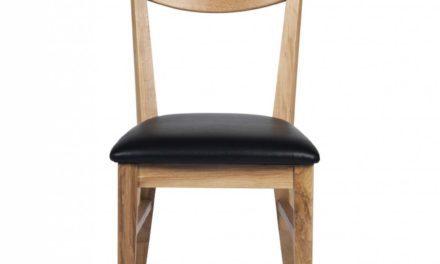 Dylan spisebordsstol – lakeret eg, sort PU læderhynde