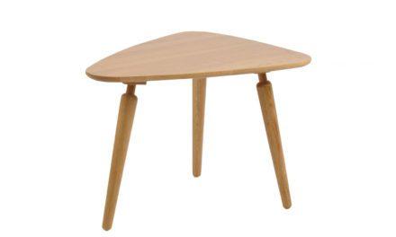 Cappuccino sofabord – massiv eg, trekantet (L: 67)
