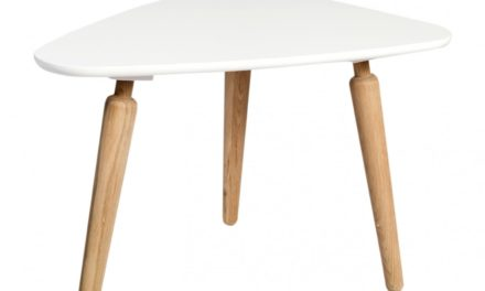 Cappuccino sofabord – hvid/eg, trekantet (L67 H45)