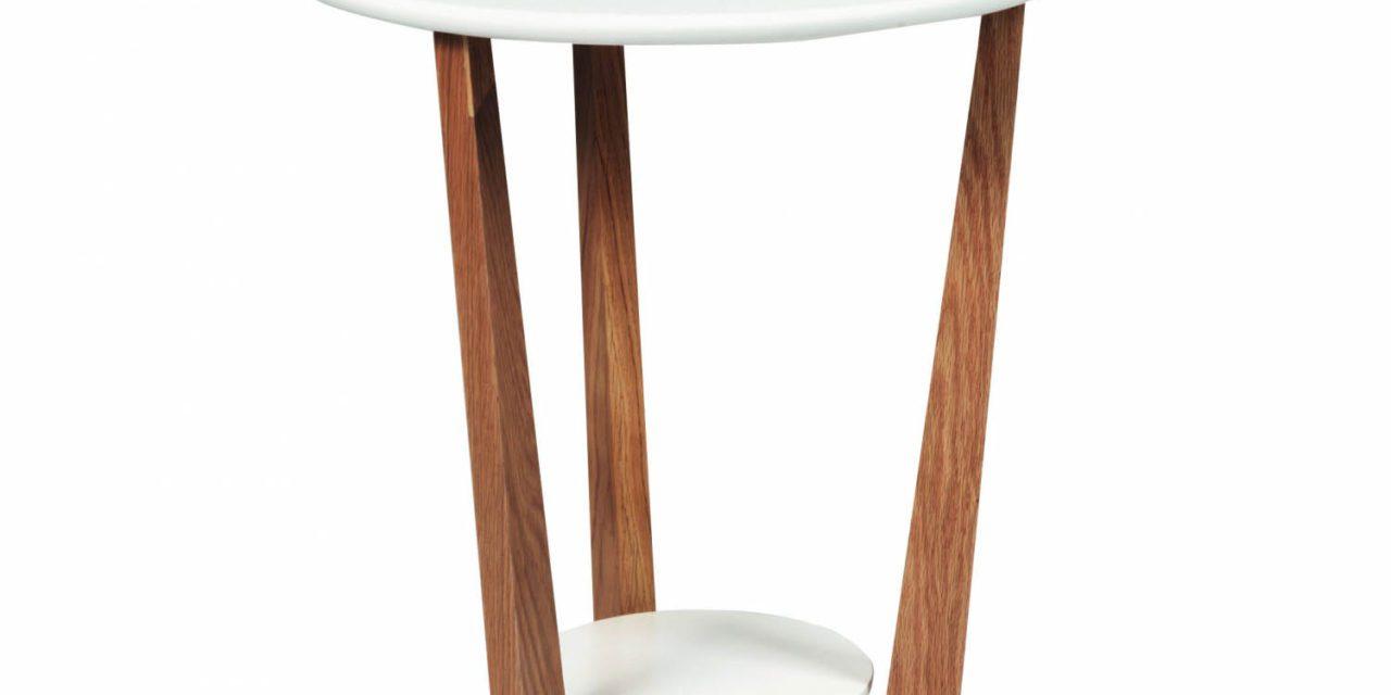 Arild sofabord – hvid/lakeret eg m. 1 hylde (Ø50)