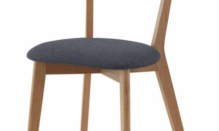 Sanna spisebordsstol – Lakeret egetræ, grå stof hynde