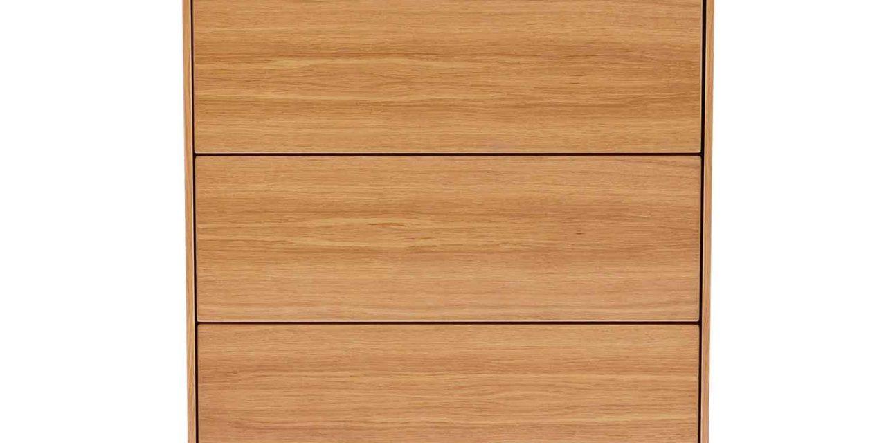 Tore kommode – Lakeret egetræ, 5 push-to-open låger
