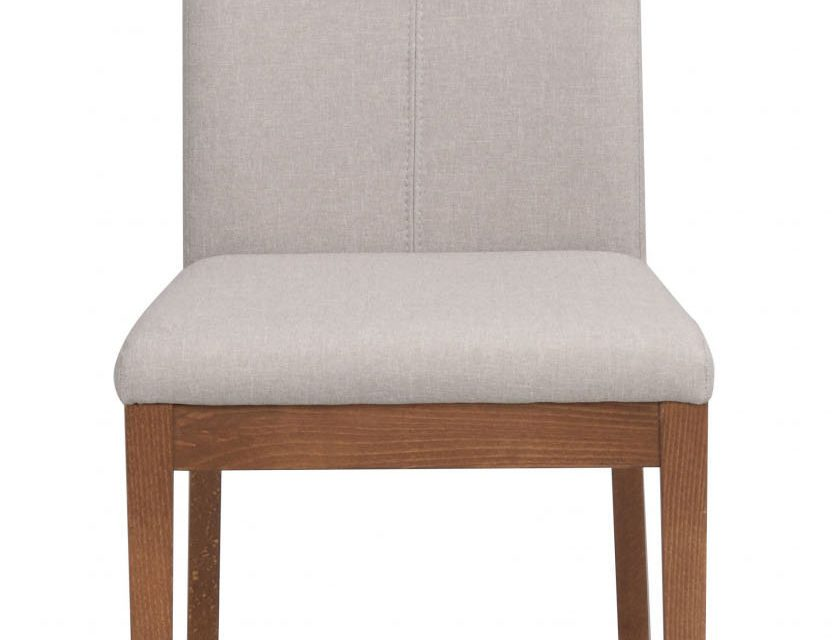 Amanda spisebordsstol – beige stof m. ben af valnøddetræ