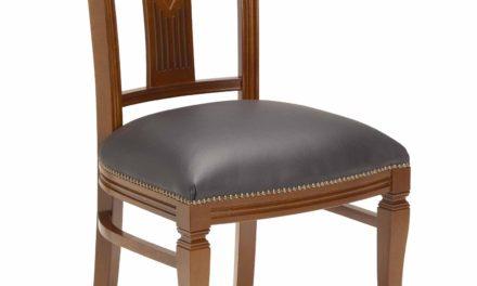 Ramona spisebordsstol – Lakeret træ, sort læder hynde