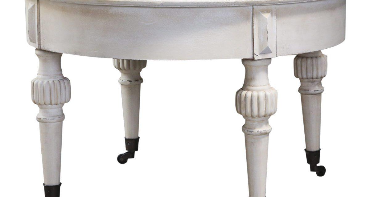 CHIC ANTIQUE Marie Antoinette Sofabord med hjul