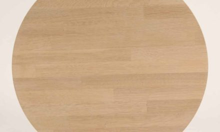 FURBO Spisebord, massiv eg, sorte metalben, 130 x 70 cm. Sæbe eg