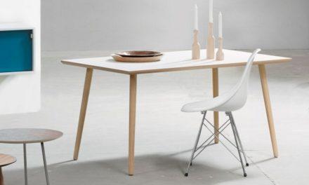 FURBO Spisebord, hvid laminat, egeben, 90 x 140 cm.