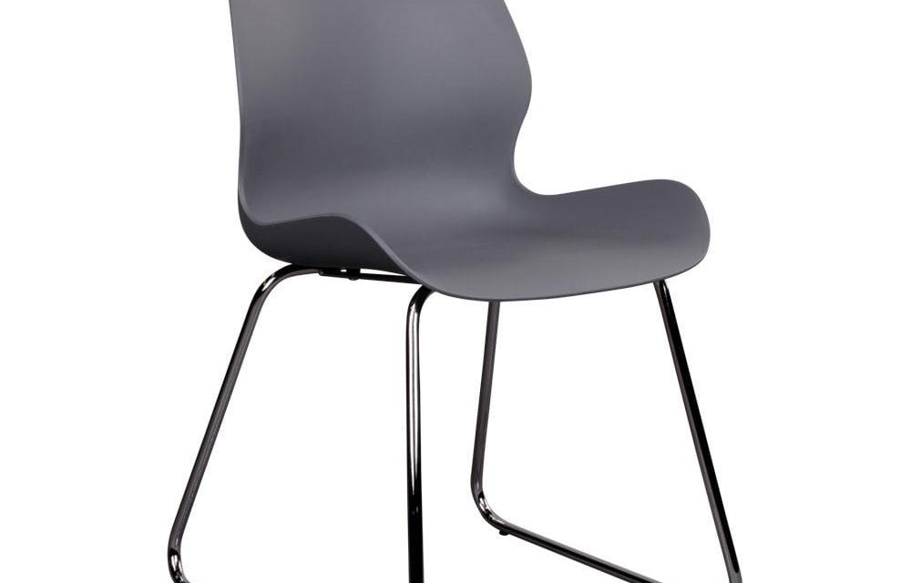 HOUSE NORDIC Sola spisebordsstol i grå med krom ben