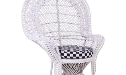 HOUSE NORDIC Oriental lænestol i hvid rattan med hynde