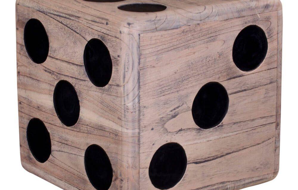 HOUSE NORDIC Cubo skammel i naturligt Mindi træ