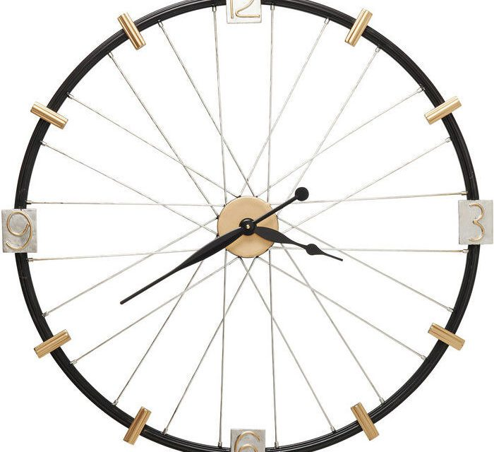 Kare Design Spoke Wheel Væg ur i flot lakeret stål
