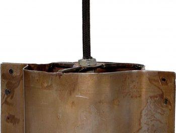 TRADEMARK LIVING Loftslampe – jern med klar lak