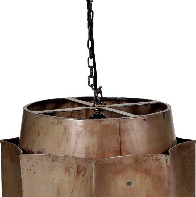 TRADEMARK LIVING Stor loftslampe i jern med klar lak