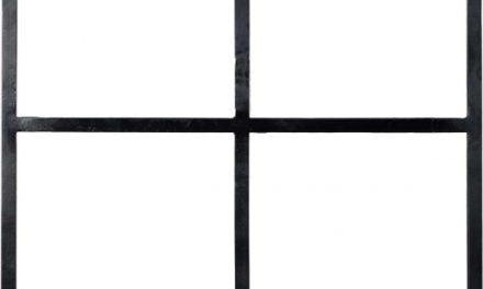 TRADEMARK LIVING Stor skillevæg i et moderne enkelt design – sort og med glas