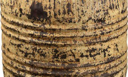 TRADEMARK LIVING Stor gammel jerntønde med låg – jern og cream