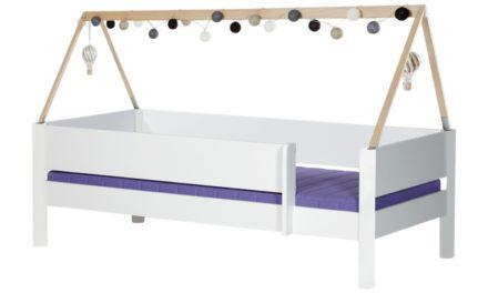 MANIS-H Brage børneseng – hvid m. sengekant og sengehest (200×90)