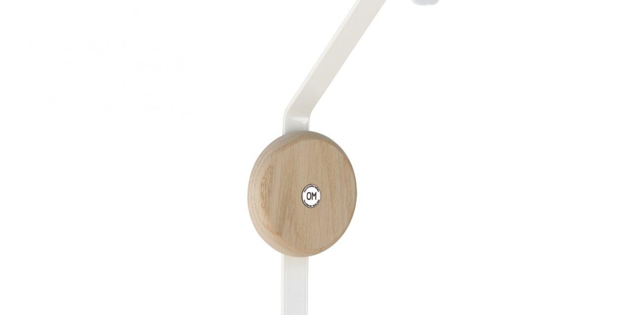 FURBO Ewo – dobbeltkrog i hvidt stål og træ Lakeret eg