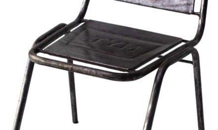 TRADEMARK LIVING Spisebordsstol – jern med klar lak