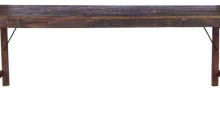TRADEMARK LIVING Stort spisebord i træ med smuk patina