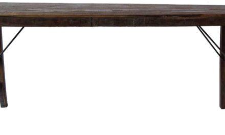 Smukt gammelt træbord.