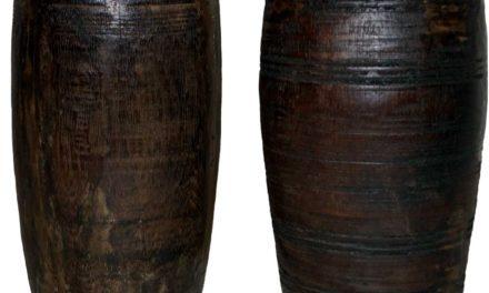 TRADEMARK LIVING Skønne gamle trækrukker – mørk træ