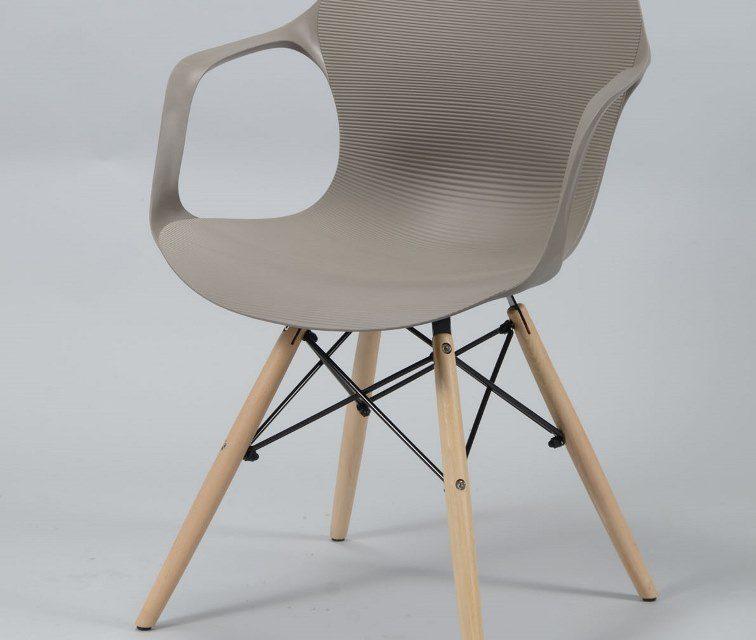 FURBO Spisebordsstol, grå-brun plast, natur træben