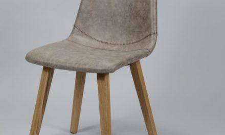 FURBO Spisebordsstol, træ og brunt læder