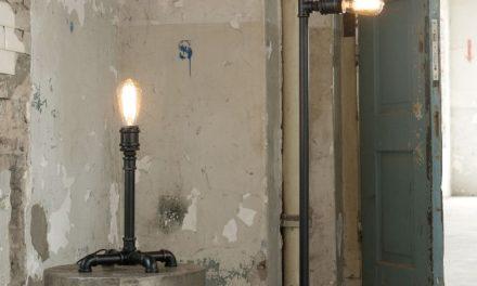 FURBO Gulvlampe, industriel design, sort metal