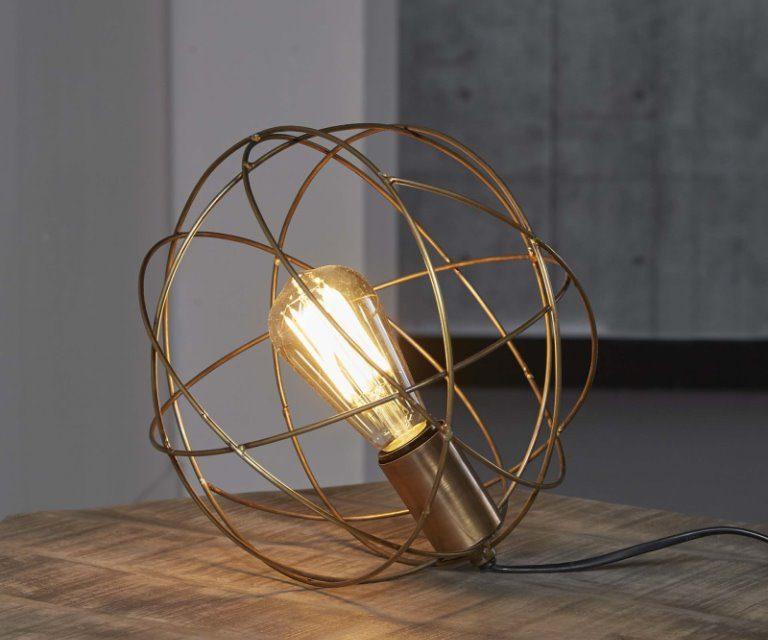 Lækker Trådlampe i antik bronze fra brandet Furbo