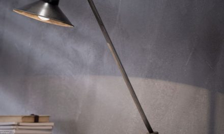FURBO Bordlampe, industriel design, gammel sølv finish