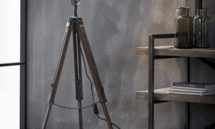FURBO Gulvlampe, patineret grå metal og træ