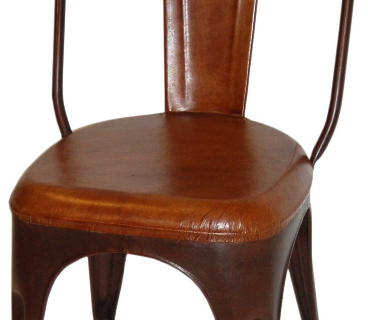 TRADEMARK LIVING Spisebordsstol – læder og antikrust stel