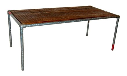 TRADEMARK LIVING Sofabord fremstillet med vandrør