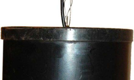 TRADEMARK LIVING cylinderlampe i jern