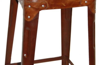 TRADEMARK LIVING Barstol med læder på sæde og ryg – rustfarvet