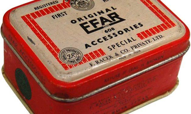 TRADEMARK LIVING Fin lille vintage dåse – gammel vintage