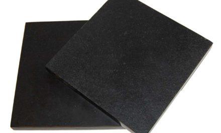 TRADEMARK LIVING Skærebræt i sort sten – small