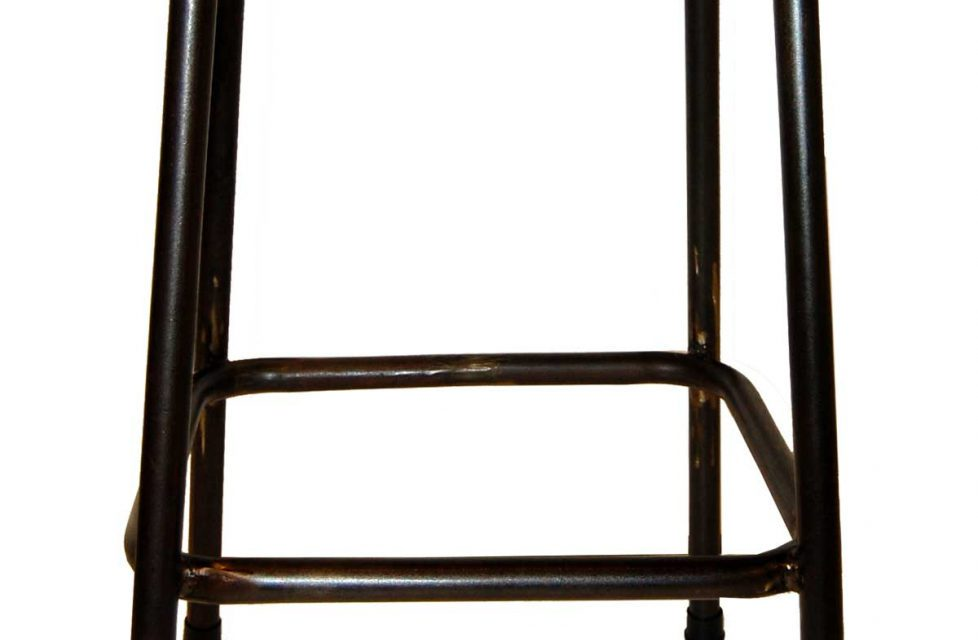 TRADEMARK LIVING Barskammel – jern og læder