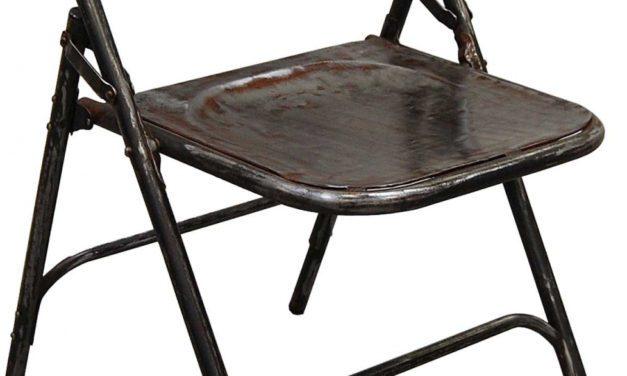 Så er den her – Smuk gammel klapstol fra Trademark Living