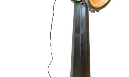 TRADEMARK LIVING Stor skibslampe – original gammel – zink med patina