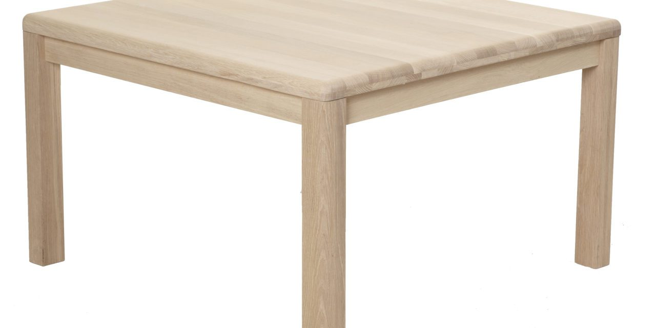 Lina sofabord, massivt eg – kvadratisk