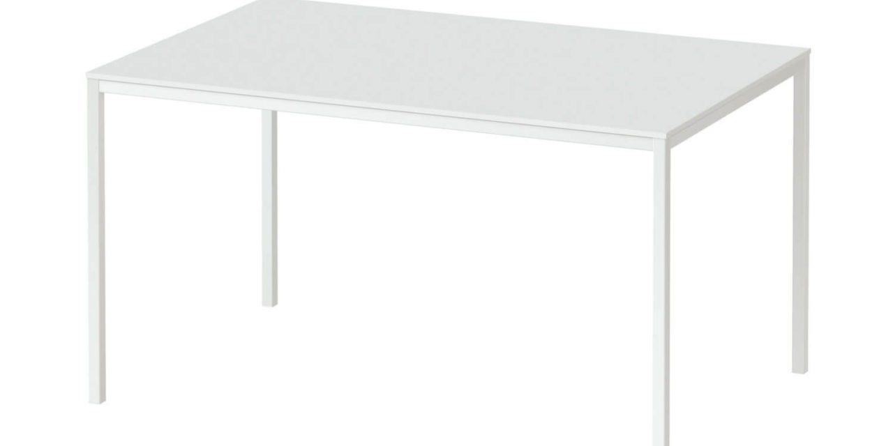 Family spisebord i hvid træ – 140×90
