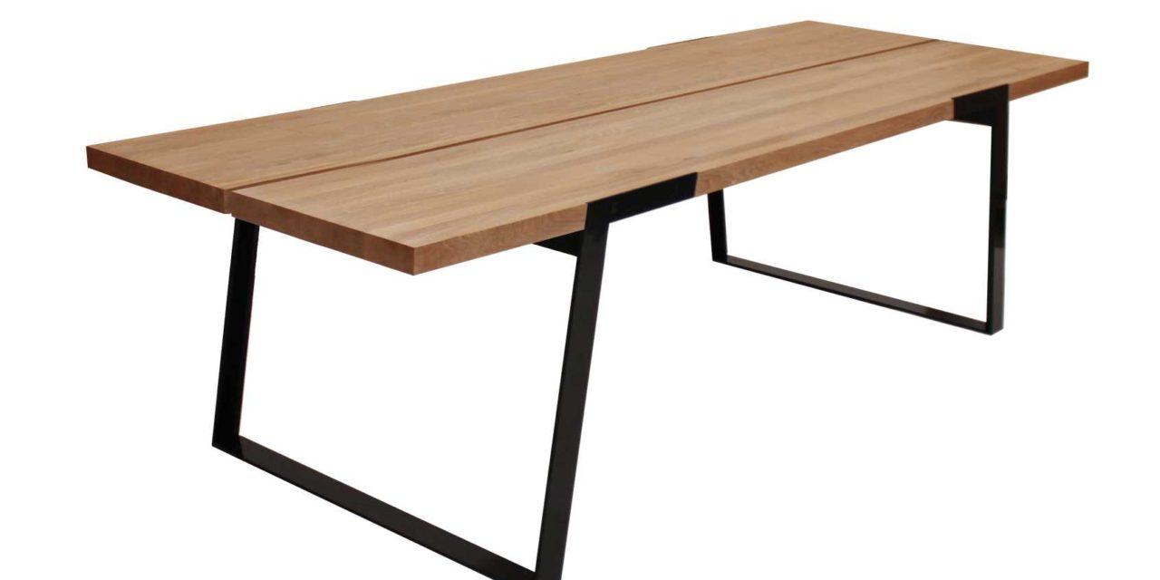 Zilas spisebord (290 cm) i olieret vild eg