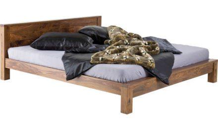 KARE DESIGN Latino seng i sheesham træ 180 x 200 cm.