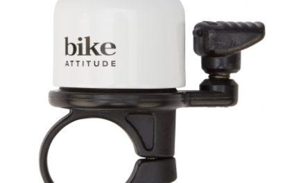 Bike Attitude – Ringeklokke – Hvid med fjederhammer