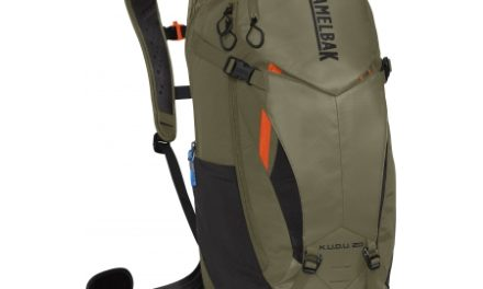 Camelbak K.U.D.U. – Rygsæk 20L med rygbeskyttelse – Str. S/M – Oliven/Orange