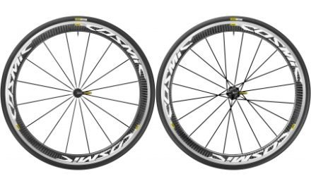Mavic Cosmic Pro Carbon – Clincher hjulsæt inkl. dæk – Sram/Shimano – Sort/hvid  – 700x25c