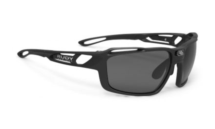Rudy Project Sintryx – Løbe- og cykelbrille – Smoke linser – Mat Sort
